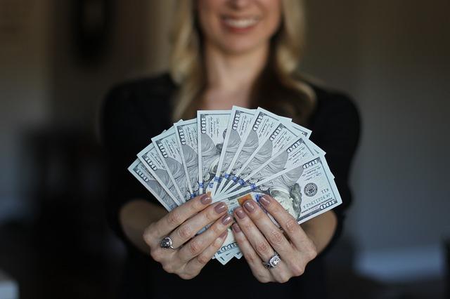 お金を引き寄せる